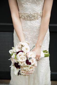 Photography: Larissa Cleveland Photography - www.larissacleveland.com/  Read More: http://www.stylemepretty.com/california-weddings/2015/01/15/elegant-wedding-at-san-franciscos-palace-hotel/