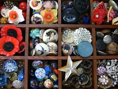 some of the most beautiful buttons I have ever seen!