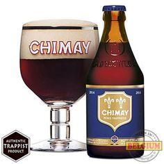 Bière trappiste ambrée Chimay bleue.
