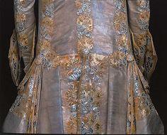 1766 Tenue de Gustave III de Suède Livrustkammaren http://emuseumplus.lsh.se/eMuseumPlus?service=ExternalInterface&module=literature&objectId=82170&viewType=detailView