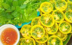 Cách làm BÁNH KHỌT đơn giản tại nhà   Món ngon mỗi ngày Banh Khot, The Bo, Japanese Street Food, Fresh Rolls, Great Recipes, Stuffed Peppers, Vegetables, Ethnic Recipes, Nagasaki