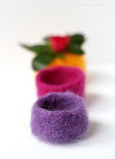 Journey into Creativity: Felt pots Succulent Display, Succulent Pots, Nuno Felting, Needle Felting, Wool Felting, New Crafts, Crafts To Make, Felt Fruit, Felt Succulents