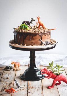 Tarta de Chocolate para Fiesta de Dinosaurios