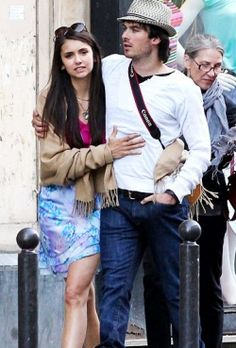 who-is-elena-from-vampire-diaries-dating-in-real-life