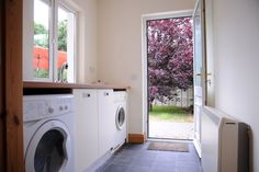 Check out this awesome listing on Airbnb: Newly Refurbished 4 Bd/Rm Townhouse 1km to town - Houses for Rent in Killarney