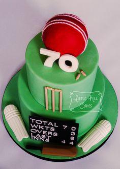 Cricket Cake for a Birthday - Birthday Cake Blue Ideen Birthday Cakes For Men, 50th Birthday Cake Designs, Cricket Birthday Cake, Cricket Theme Cake, 70th Birthday, Rugby Cake, Dad Cake, Rich Cake, Fondant
