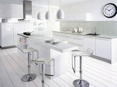 white kitchen cabinet paint color linen white 912 benjamin moore paintcolor kitchen cabinet paint color white kitchens pinterest cuisine toute