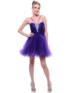 Purple Prom Dress! I like it :) {But the top should be a little higher} <3