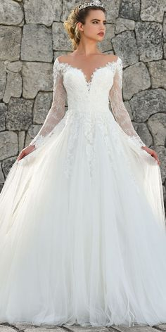 Marvelous Tulle & Lace Jewel Neckline A-line Wedding Dress With Lace Appliques & Beadings