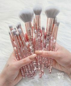 Image shared by Shan. Find images and videos on We Heart It - the app to get lost in what you love. Makeup Brush Set, Makeup Kit, Makeup Tools, Skin Makeup, Beauty Makeup, Makeup Brush Holders, Unicorn Makeup, Makeup Items, Cute Makeup
