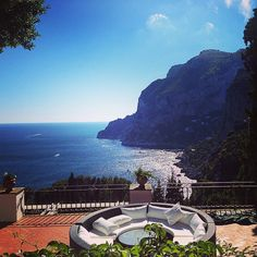 Is this even real life?? #capri