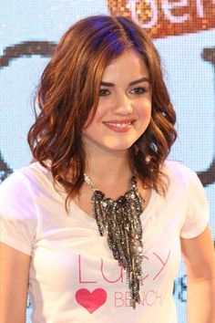 Love her hair!!!  I'm really thinking about cutting my hair off and I think this might just be my new style.