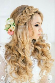 Bridal Hairstyles, Wedding Hair Styles, Disney Princesses, Hairstyle Ideas,  The Bride, Wedding Hairs, Romantic Ideas, Romantic Weddings, Long Curly Hair
