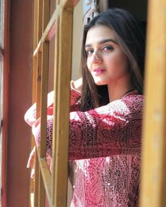 Ayeza Khan, Mahira Khan, Kareena Kapoor Khan, Hira Mani, Studio Background Images, Aiman Khan, Pakistani Actress, Pakistani Dramas, Girls Dpz