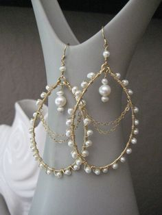 Items similar to Wedding Pearl Earrings - Pearl Chandelier Earrings on Etsy Pearl Earrings Wedding, Beaded Earrings, Etsy Earrings, Earrings Handmade, Handmade Jewelry, Wire Wrapped Jewelry, Wire Jewelry, Wedding Jewelry, Beaded Jewelry