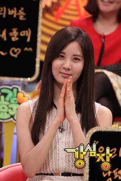 """Girls' Generation members forced Seohyun to drink alcoholic concoction, """"Bomb Shot""""? #allkpop #SNSD #kpop"""