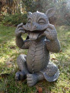 Second Hand Statues # Clay Dragon, Dragon Art, Fantasy Creatures, Mythical Creatures, Foto Fantasy, Dragon Garden, Fairy Statues, Garden Party Decorations, Dragon Statue