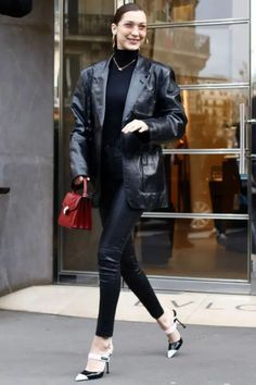 15 Spring Jackets You Need In Your Wardrobe Black Leather Blazer, Leather Jeans, Leather Jacket, Patent Leather, Bella Hadid Outfits, Bella Hadid Style, Blazer En Cuir, Blazer Outfits, Blazer Dress