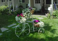 wrought iron vintage bicycle with flowers Dream Garden, Home And Garden, Patio Accessories, Garden Whimsy, White Gardens, Vintage Bicycles, Garden Planters, Beautiful Landscapes, Flower Pots