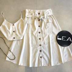 Lea Modas 🛍 Weekly Outfits, Outfits For Teens, Cool Outfits, Casual Outfits, Summer Outfits, Crop Top Outfits, White Outfits, Teen Fashion, Fashion Outfits