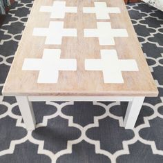 coffee table makeover Coffee Table Makeover, Diy Furniture, Dining Table, Diy Projects, Crafty, Home Decor, Decoration Home, Room Decor, Dinner Table