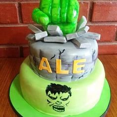 #Hulk #fondant #cake by Volován Productos  #instacake #Chile #puq #VolovanProductos #Cakes #Cakestagram #SweetCake