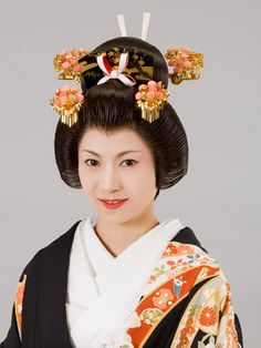 Japanese Hairstyles, Yukata, Wedding Hairstyles, Kimono, Hair Accessories, Weddings, Hair Styles, Fashion, Hair Plait Styles