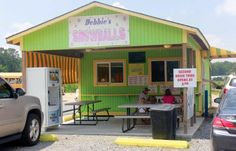 Debbie's Snowballs in West Monroe, Louisiana- great snowballs and also a great stop on the Duck Commander Hometown Tour!