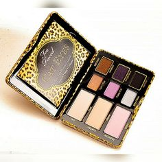 **Nwt**Cat Eyes Pallet From Too Faced Cosmetics