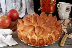Пирог с яблоками из дрожжевого теста (сдобный, закрытый): рецепт с фото Sweet Bakery, Camembert Cheese, Dairy, Recipes, Food, Essen, Meals, Ripped Recipes, Eten