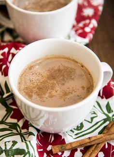 This creamy and rich skinny pumpkin hot chocolate will be your new favorite hot drink!! #SplendaSweeties #SweetSwaps #SplendaSavvies #ad