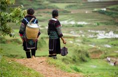 7 shopping tips when you buy traditional Hmong textiles