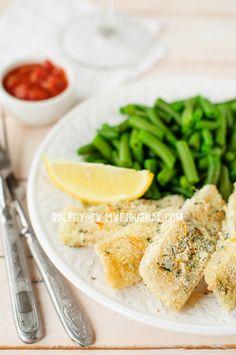 Рыбные палочки в панировке из манки с лимоном