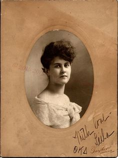 Photo Friday, Leila ca. 1900.  Theta Kappa Delta.  Photo taken ca 1900 in Nashville Tennessee at Taylor Photography.