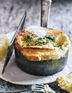Plus de photos     iciNotre recette de     soufflé salé au fromageNotre recette de     soufflé aux pommes de terre...