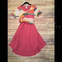 Lularoe flat lay perfect t over Carly outfit photo ways to wear bright colors summer