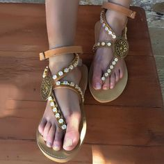 e6c13e543850 Shoespie Trendy Thong Strappy Buckle Low-Cut Upper Flat Sandals   shoespiereviews