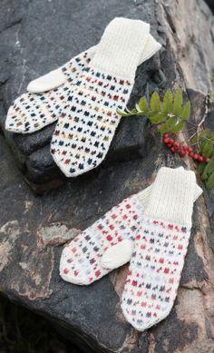 Fair Isle Knitting, Knitting Socks, Free Knitting, Knitting Wool, Crochet Mittens, Fingerless Mittens, Lace Patterns, Stitch Patterns, Loom Knitting Patterns