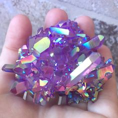 Terrence Loves You Crystal Aesthetic, Purple Aesthetic, Cool Rocks, Beautiful Rocks, Beautiful Images, Minerals And Gemstones, Rocks And Minerals, Image Deco, Angel Aura Quartz