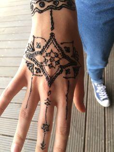 #henna#tattoo#natural#ornament#ornamental#indian#pattern