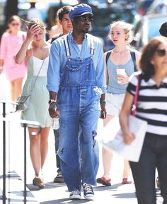 Denim done right✔️ There are ways to do an all denim look and not look like the latest fashion victim. Dungarees, Overalls, Andre 3000, Fall Looks, Latest Fashion, Menswear, Denim, Boys, Pants