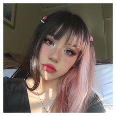 Short Grunge Hair, Short Dyed Hair, Half Dyed Hair, Dye My Hair, Half And Half Hair, Half Colored Hair, Colored Bangs, Pink Short Hair, Curly Short