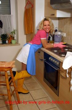 Plastic Aprons, Pvc Apron, Mature Housewives, Rubber Gloves, Rain Wear, Housewife, Housekeeping, Blouse, Rain Boots