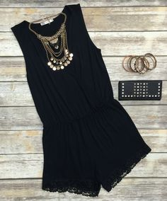 The Simply Stated Romper in Black is such a fabulous option this spring season! Easy, breezy, and oh so cute, all you need is a statement necklace to make it PO Spring Summer Fashion, Spring Outfits, Look Fashion, Womens Fashion, Fashion Trends, Fashion Black, Street Fashion, Style Feminin, Casual Outfits