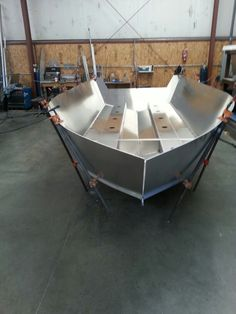 20 ft boat with sides
