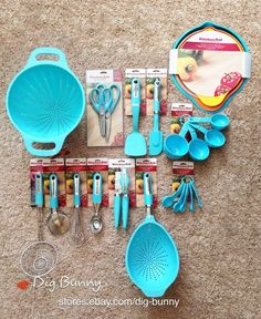 Wish list! Cannot find them on Bed Bath and Beyond registry....but looking to figure out how to put aqua kitchen utensils on our wedding registry! KitchenAid Turquoise/Aqua/Blue Kitchen Cooking Utensils & Tools 23-Piece Set/Lot #KitchenAid