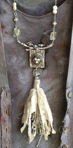 Shabby Necklace!