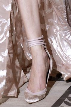 Valentino, Fall 2011 Couture #haute_couture #Paris #runway #details #shoes