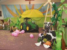 Farm VBS Decorations - Cowabunga - Barnyard Roundup