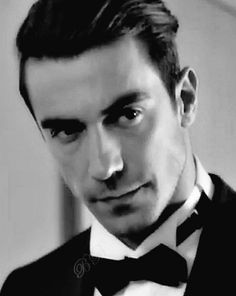 Black And White Love, Turkish Beauty, Actors, People, Beautiful, Concept, Black And White, Turkish People, Celebrity Photos